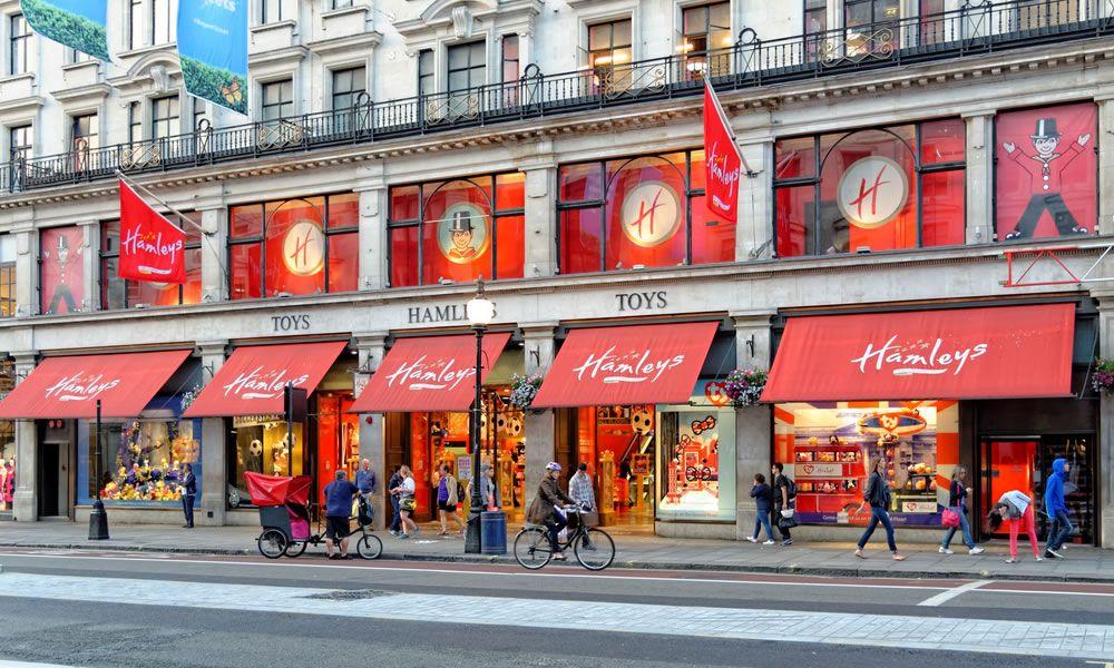 Hamleys il negozio di giocattoli a londra qui londra for Offerte di lavoro ristoranti italiani a londra