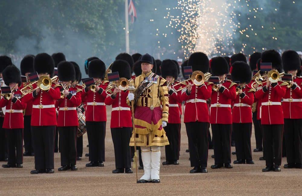 Beating Retreat, la spettacolare cerimonia militare a House Guard Parade