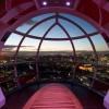 L'interno di una delle capsule della Ruota Panoramica